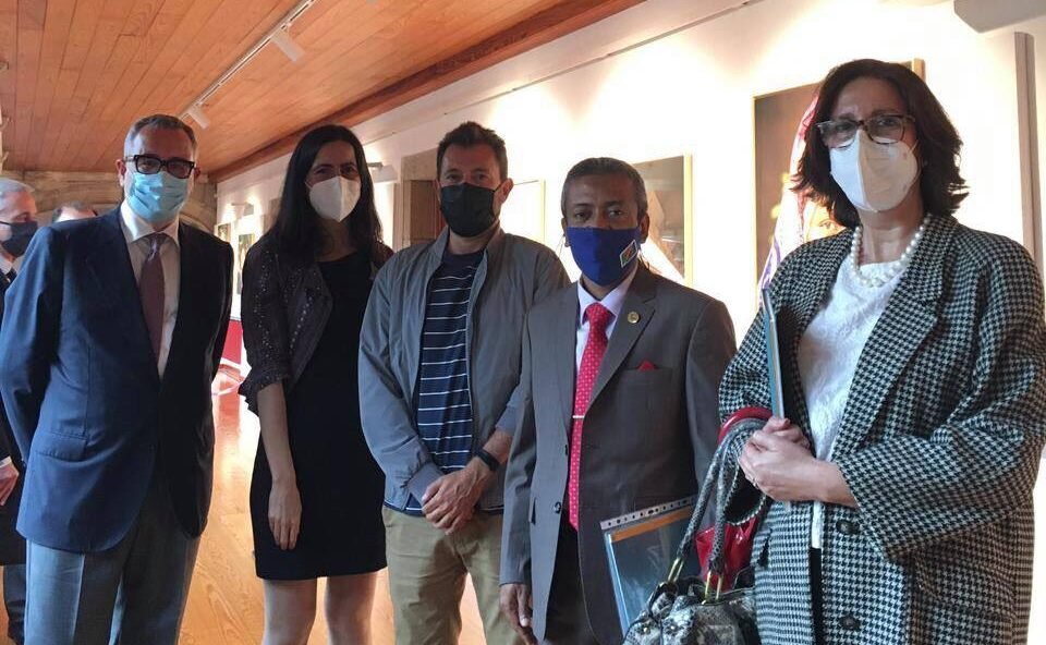 রাষ্ট্রদূতের দাপ্তরিক সফর: স্পেনের বিশ্ববিদ্যালয়ে বাংলাদেশের চিত্র প্রদর্শনী